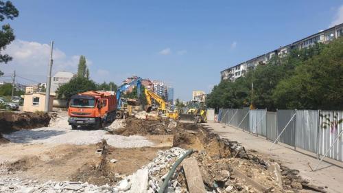 Кърти чисти извозва - ул. Тодор Кабшлеков и бул. България